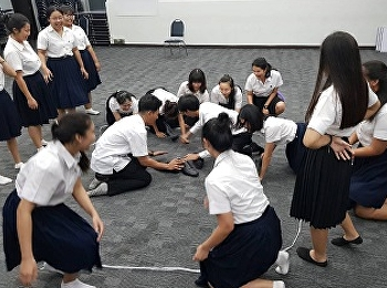 Tourism Management Freshmen Joined Thai Traditional Play Workshop